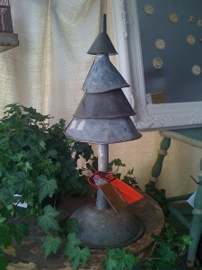 Funnel Christmas Tree. Find out more by clicking on the photo!